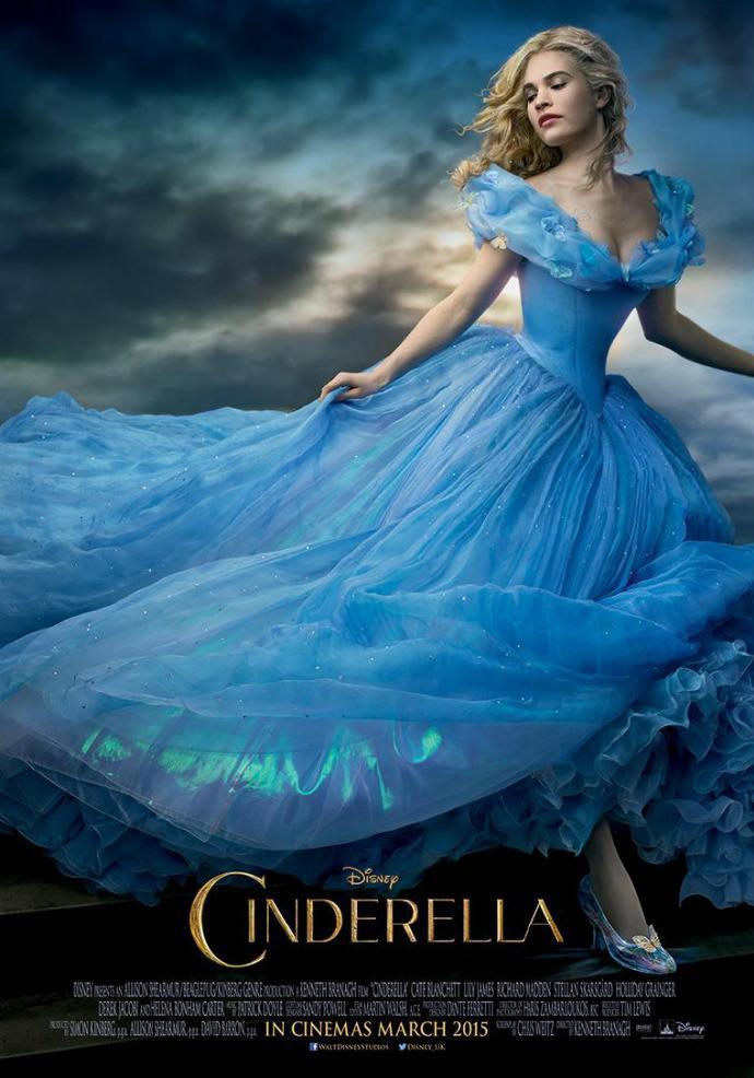 迪士尼《灰姑娘》中文预告首发 凯特布兰切特亮相 梦幻场面再现
