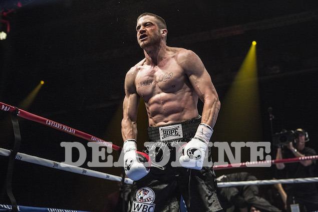 杰克·吉伦哈尔(Jake Gyllenhaal)增重出演《左撇子》拳击手