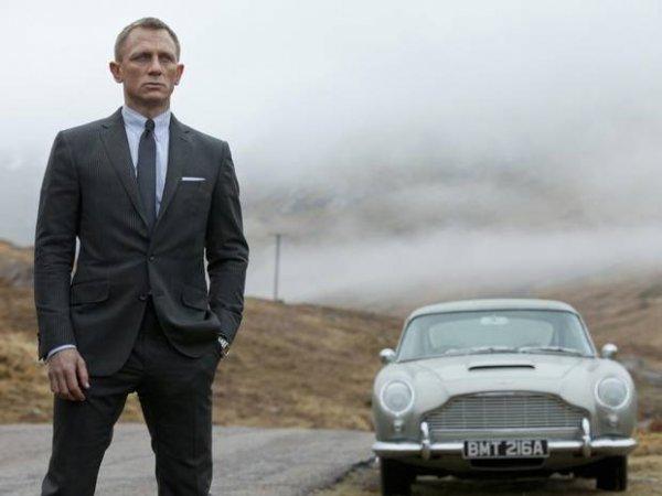 黑客泄漏第24部007电影《魔鬼党》(Spectre)新片初稿及造型