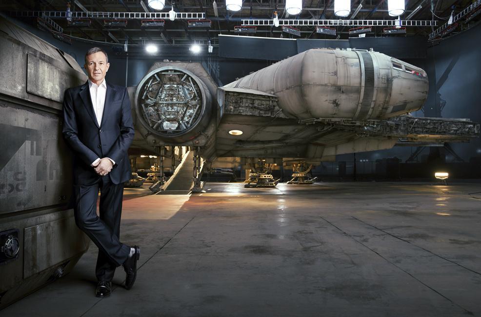 《星球大战7》千年隼号新照曝光 《财富》专访迪士尼CEO罗伯特艾格