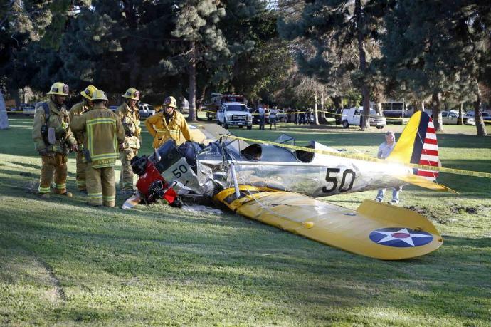 72岁哈里森·福特(Harrison Ford)坠机受伤,暂无大碍