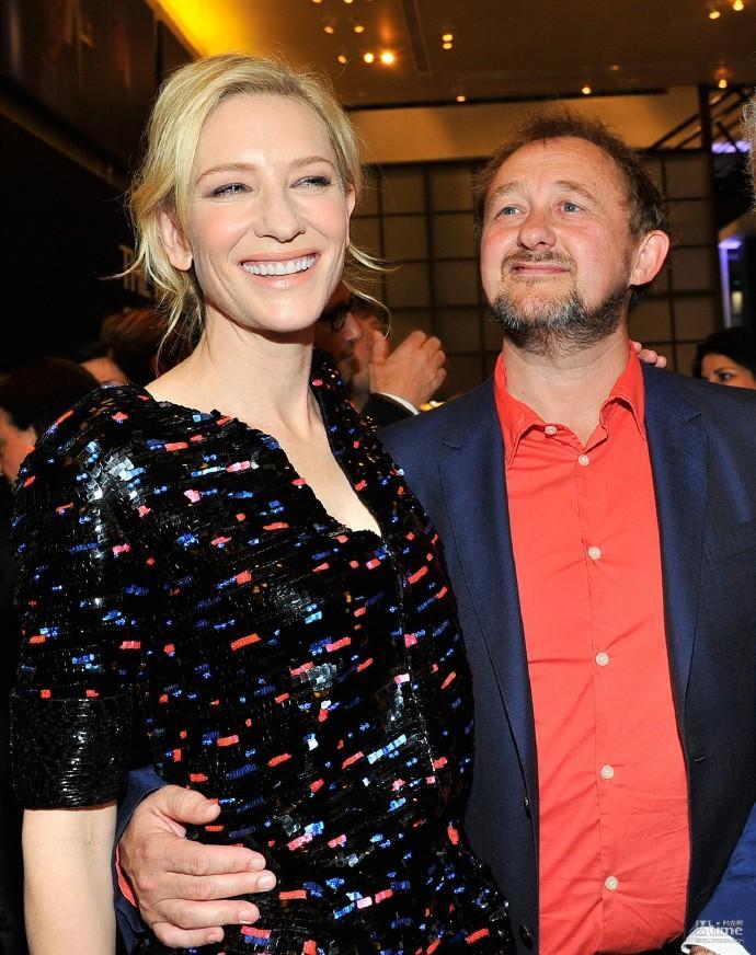 凯特·布兰切特(Cate Blanchett)家中添新成员 与老公安德鲁·阿普顿领养女宝宝