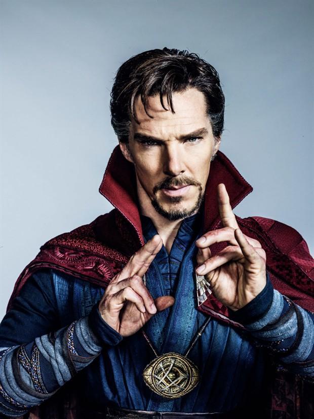 "《奇异博士》(Doctor Strange)曝光定妆照 ""卷福""摆战斗pose"