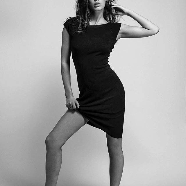 小李子又有新模特女友了?! 爆料称与19岁荷兰维密模特Chelsey Weimar交往