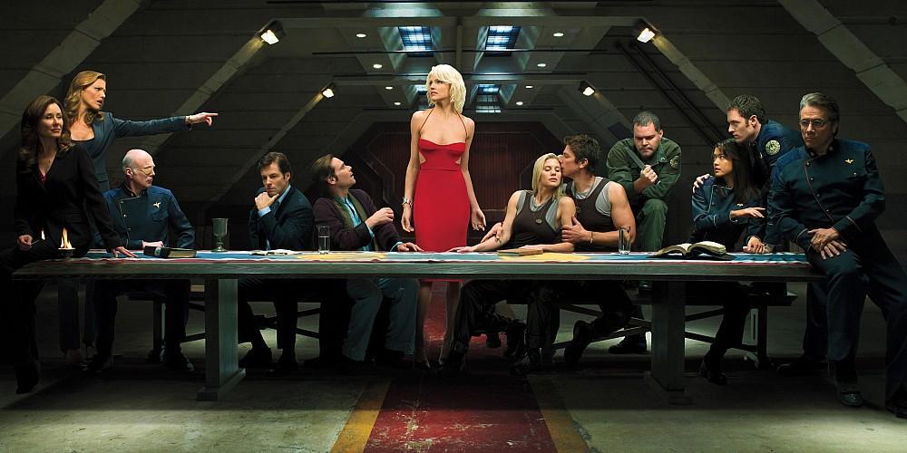 电影版《太空堡垒卡拉迪加》迎来《饥饿游戏》导演弗朗西斯·劳伦斯