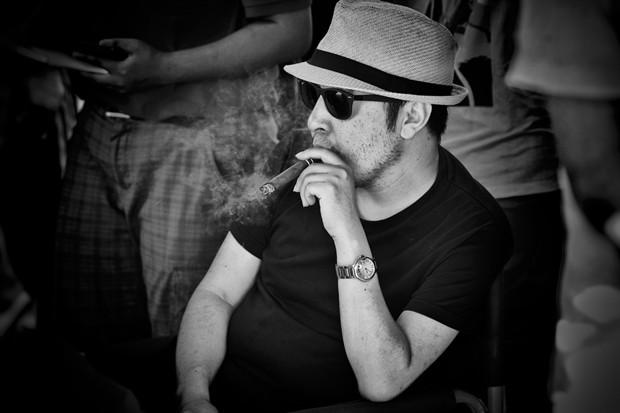 """贾樟柯短片《营生》入围多伦多电影节 获赞拥有卓别林式""""流浪汉""""形象"""