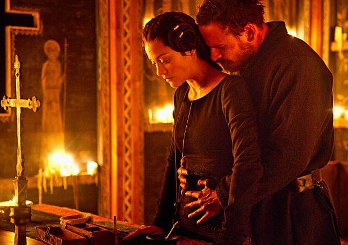 法斯宾德《麦克白》首发剧照 搭档玛丽昂歌迪亚 2015年英国上映