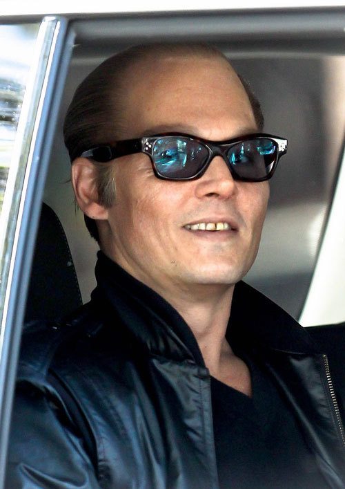 """约翰尼·德普(Johnny Depp)《黑弥撒》""""黑老大""""造型曝光"""