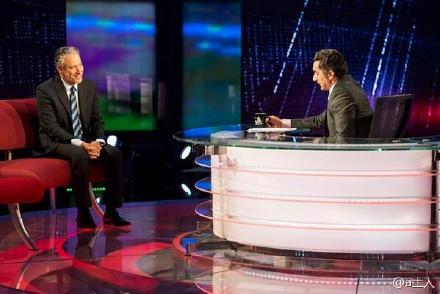 囧叔(Jon Stewart)上 Bassem Youssef 节目小段